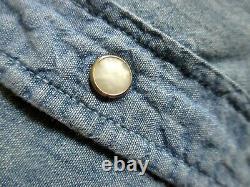 LARGE True Vtg 70s 1970 SMOKEY BEAR HAND EMBROIDERED CHAMBRAY Snap Western Shirt