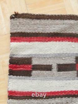 Navajo Indian Wearing Blanket Transitional Era Vintage Large Ganado / Chinle Rug