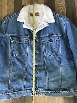 Vintage 80s Wrangler Western Sherpa Lined Denim Jacket Men Size L