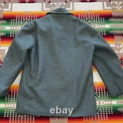 Vtg PENDLETON Size Large Mens Wool Hunting Fur Lined Coat Jacket